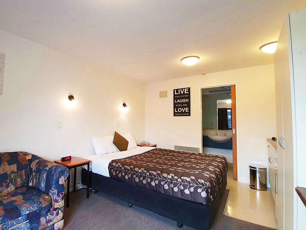 Airways Motel King/Twin Room