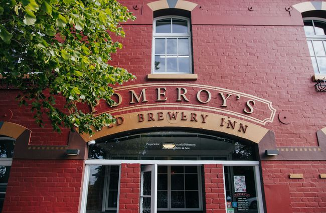 Entrance_to_Pomeroys