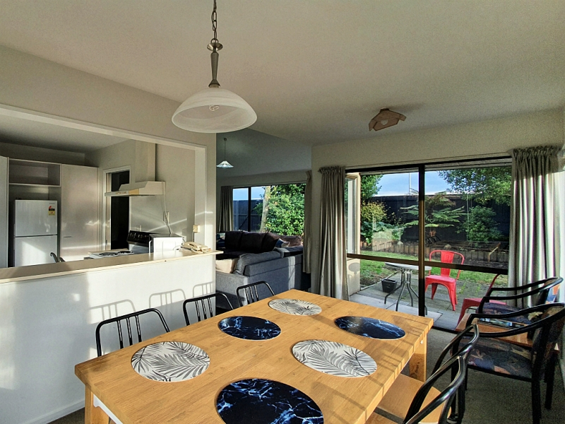 Dining_townhouse